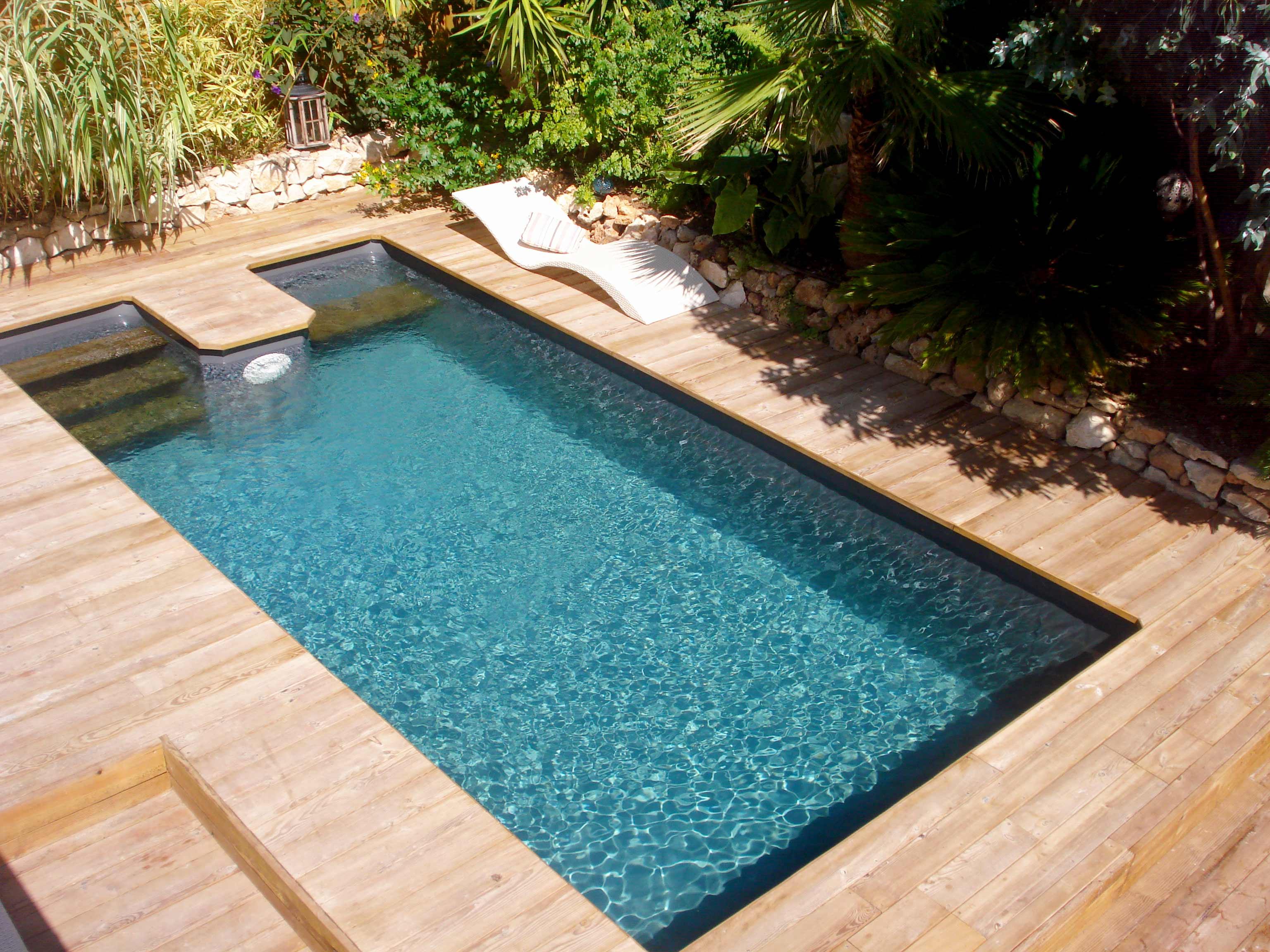 Piscine En Bois Petite Taille kit piscine bois rectangulaire avec escalier sous liner spark blue  649x349x141 cm